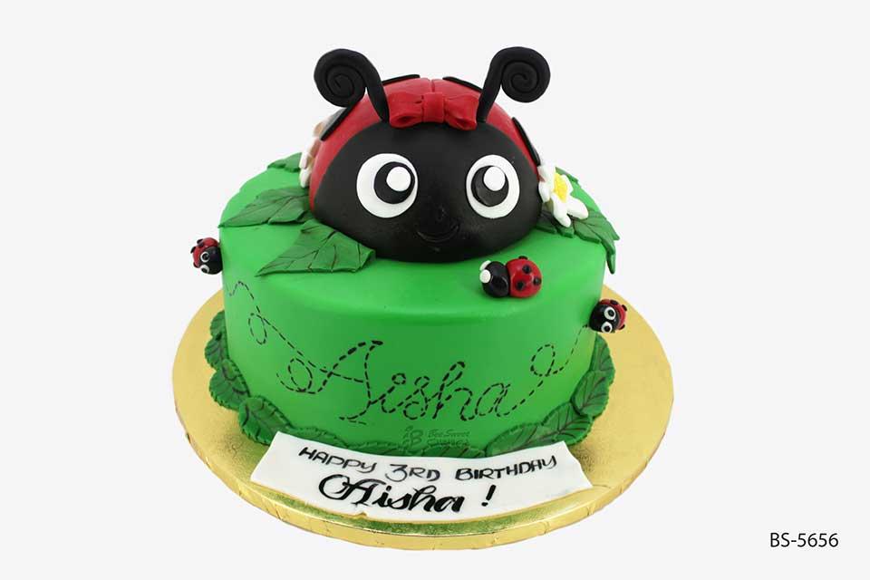 Miraculous Ladybug Birthday Cake Bs 5656 Bee Sweet Uae Best Cakes Funny Birthday Cards Online Alyptdamsfinfo