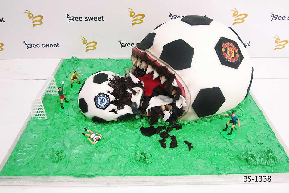 Outstanding Football Birthday Cake Bs 1338 Bee Sweet Uae Best Cakes Birthday Cards Printable Giouspongecafe Filternl