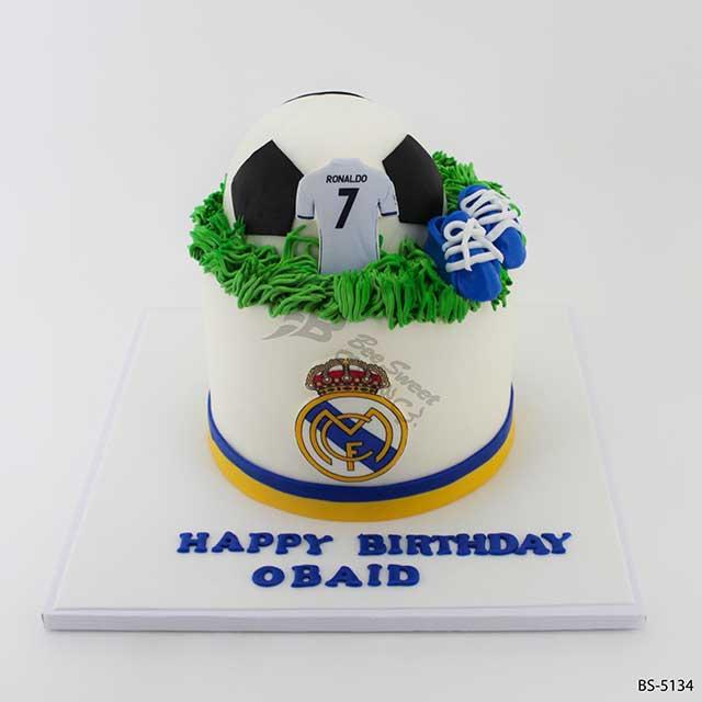 Stupendous Real Madrid Football Cake Bs 5134 Bee Sweet Uae Best Cake Funny Birthday Cards Online Elaedamsfinfo